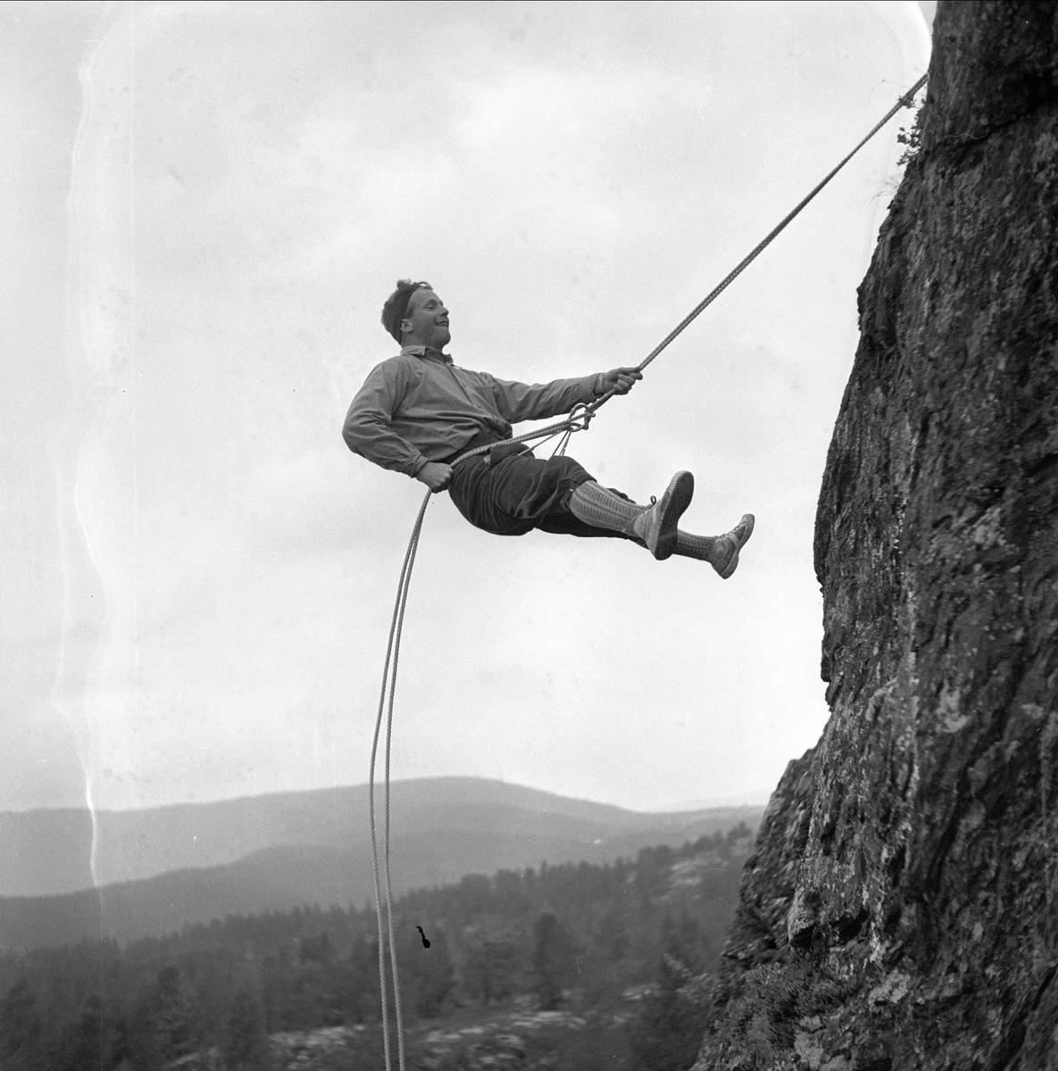 Fjellklatring. Vinstra juni 1950. Fjellførerskole.