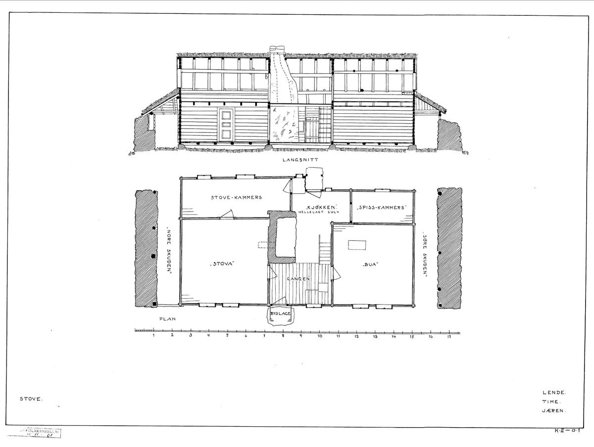 HUS FRA LENDE I TIME, 1845  Overført til museet 1938, gjenoppført 1939   Huset fra Lende er et for sin tid karakteristisk bolighus – et forholdsvis lite, hvitmalt hus, en og en halv etasje høyt, som hviler på et lavt gråsteinsfundament. Taket er tekket med torv. De to sideskutene ble brukt til lagring av torv til brensel. Kledningen er liggende panel, såkalt vestlandspanel. I følge lokale tømmermenn var denne typen panel praktisk når de nederste bordene måtte byttes ut på grunn av råteskader. På fasadeveggen er vinduene sammenkoblet to og to, og som alminnelig var, er de ikke symmetrisk plassert på hver side av inngangsdøra. Foran døra er det et lite bislag.  Innvendig har huset en symmetrisk grunnplan. Midtpartiet består av en gang, og bak den, uten skillevegg, kjøkkenet, med tilstøtende spiskammers. Fra gangen går dører inn til stue og bu. I flukt med stua ligger et stuekammers, med gjennomgang også til kjøkkenet, og med to dører ut, til baksiden av huset. Som skikken var har huset kun én ovn til oppvarming, nemlig en bileggerovn i stua. Trappa opp til loftet er i gangen. Var det trangt om sengeplasser, kunne både barn og tjenestefolk sove på loftet.   (Tekst hentet fra By og bygd 43, 2010)