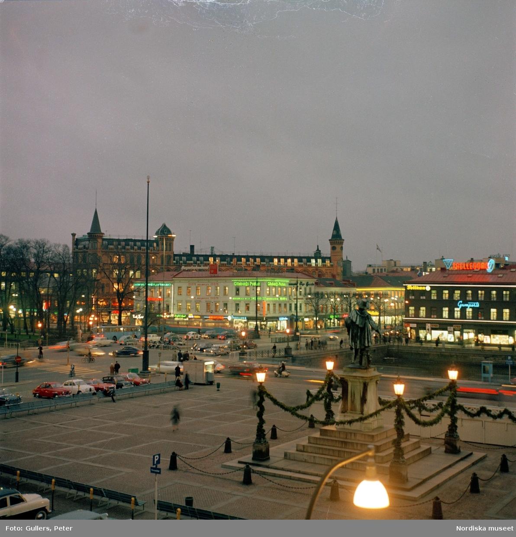 Göteborg. Gustaf Adolfs torg åt Arkaden.