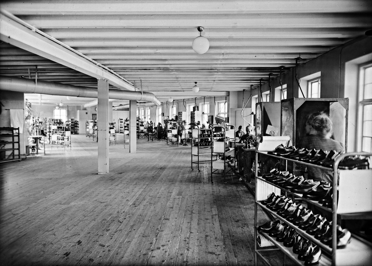 AB LE Larsson & Co, Hästens skofabrik, Svartbäcksgatan, Uppsala, interiör 1943