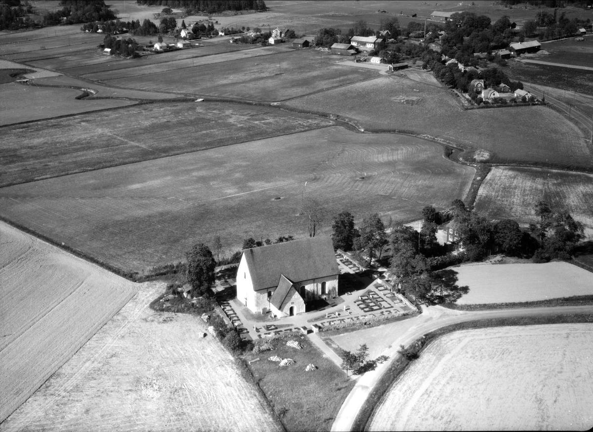 Flygfoto över Rasbokil, Rasbokils socken, Uppland 1966