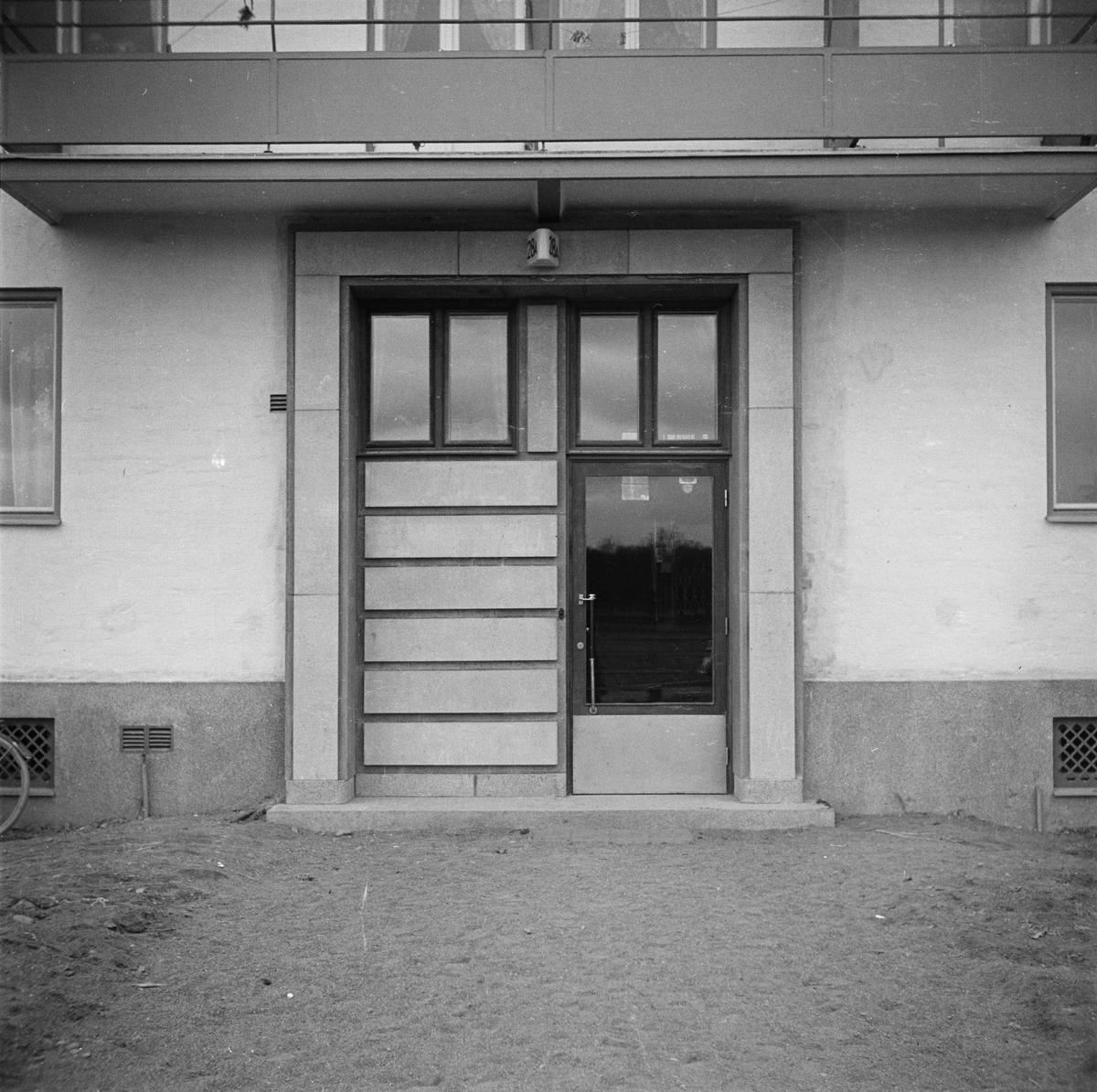 Port i flerbostadshus, sannolikt Uppsala 1939