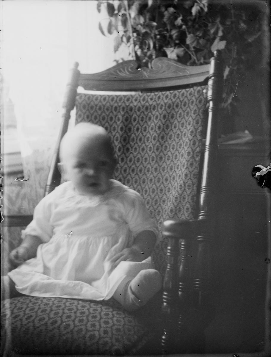 Spädbarn, Uppland