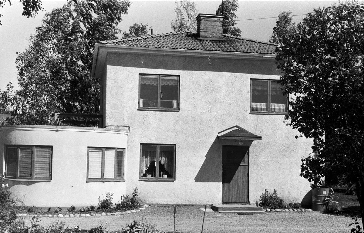 Bostadshus, Björklinge, Björklinge socken, Uppland 1976