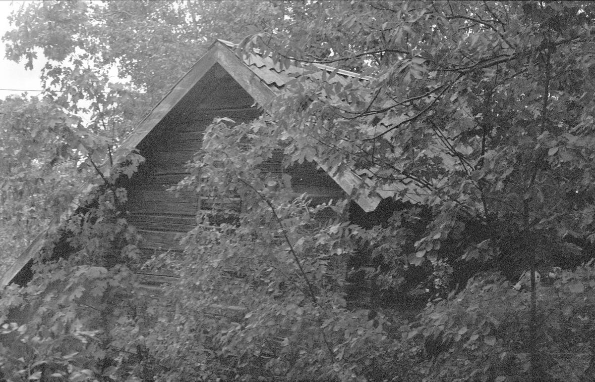 Magasin, Skällsta 1:1, Ärentuna socken, Uppland 1976