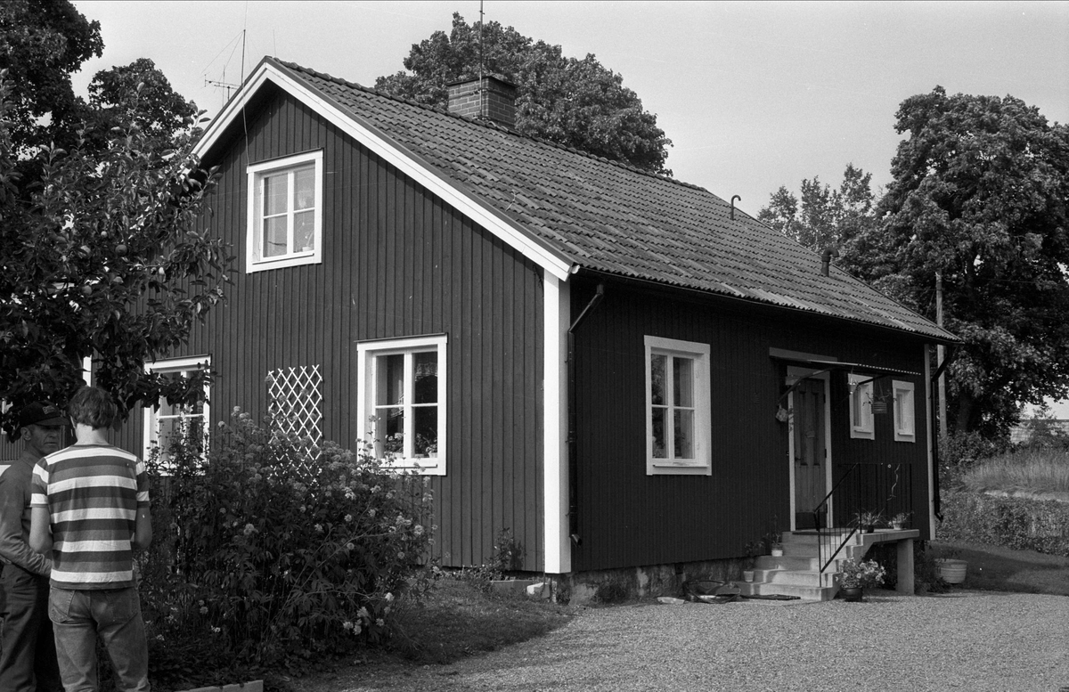 Bostadshus, Gåvsta 1:42, Rasbo socken, Uppland 1982