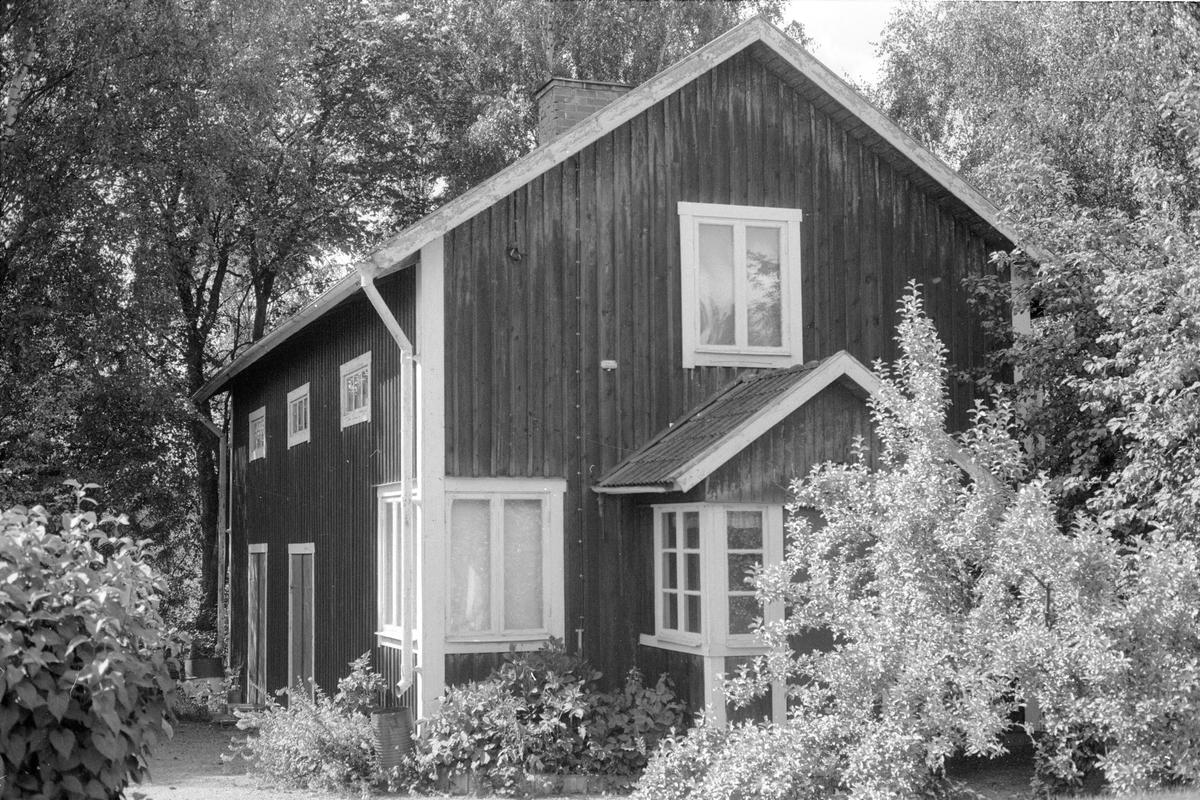 Magasin, Tomta, Åsby, Knutby socken, Uppland 1987