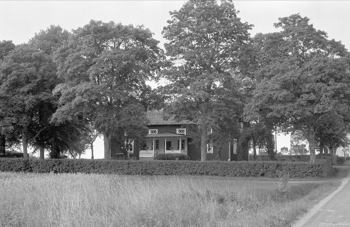 Bostadshus, Lilla Väsby 1:32, Almunge socken, Uppland 1987