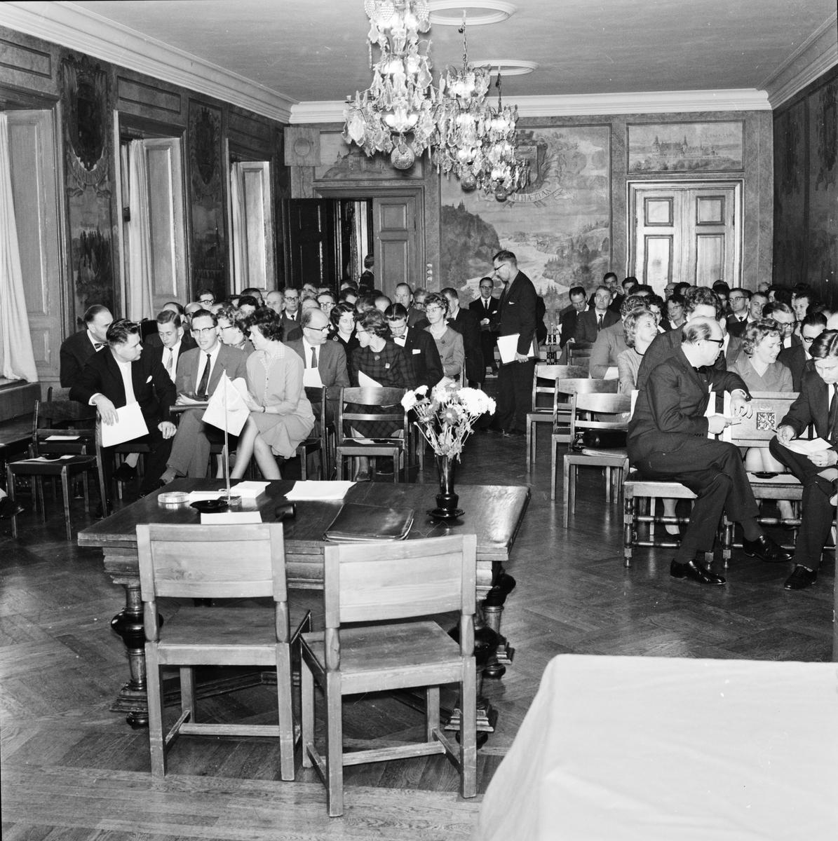 """Västgöta nation - """"100-talet kommunalmän på distriktskonferens"""", Uppsala oktober 1962"""