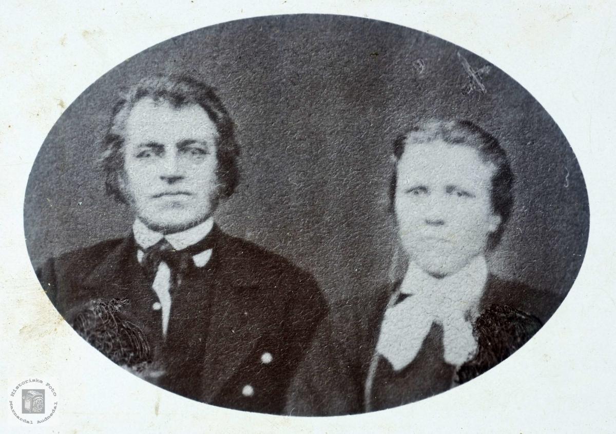 Portrett av ekteparet Halvor og Marthe Flottorp. Grindheim Hægebostad Audnedal.