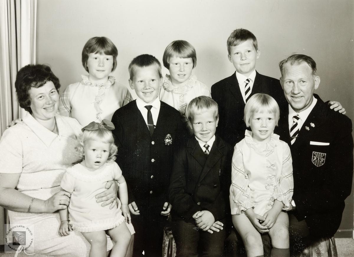 Litt av familien Stulien. Eiken / Grindheim.
