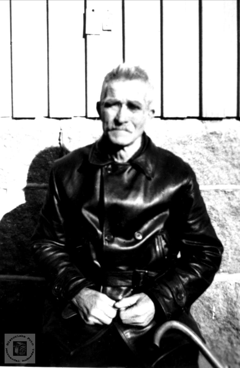 Portrett av Sven Syvertson Homme, Bjelland.