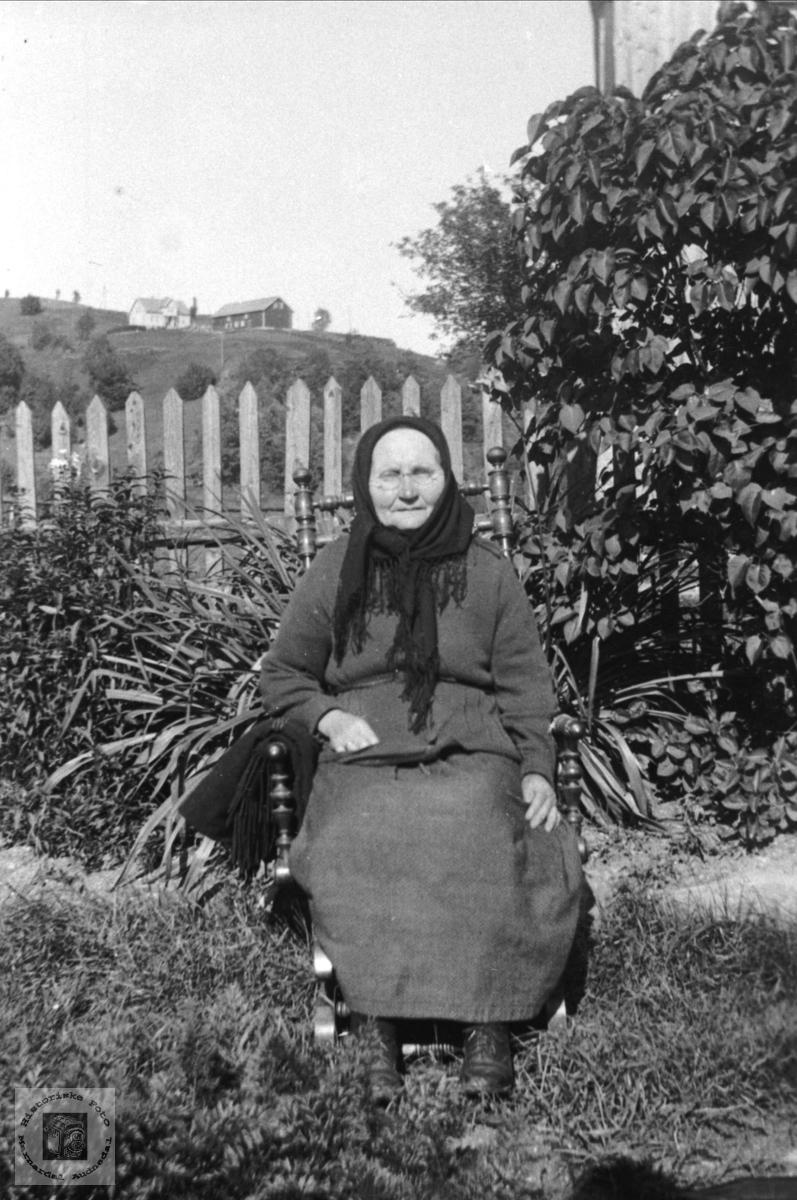 Portrett av Else Haugland, Bjelland.