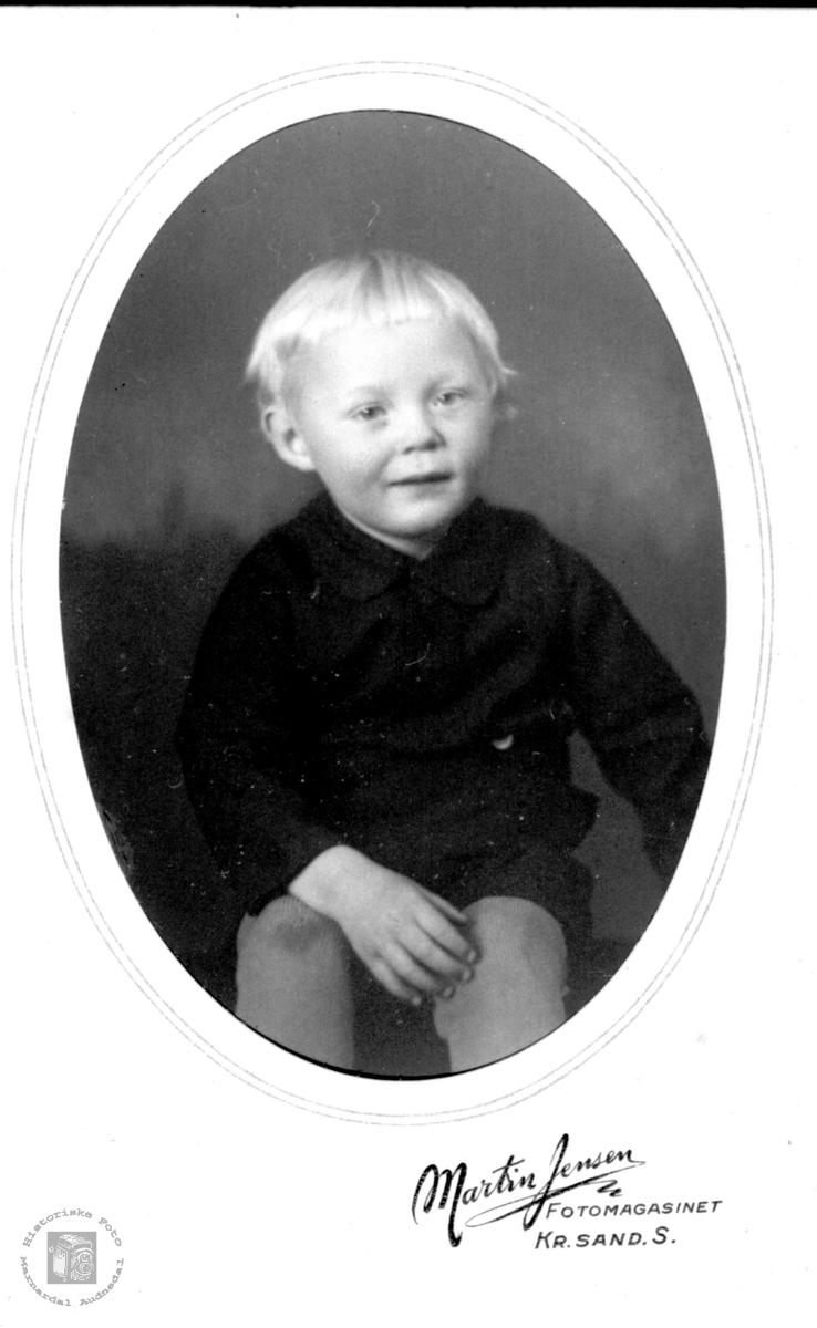 Barneportrett av Ole K. Ågedal, Konsmo.