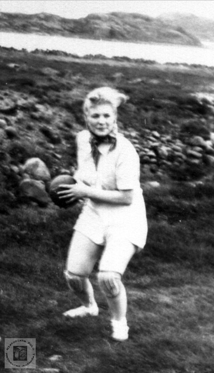 Handballspelar. Sigrid Haugland, Laudal.