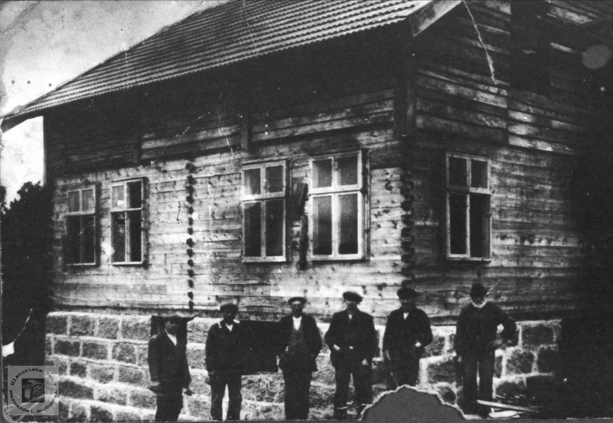 Hus under oppføring, Heddelandsbruket Øyslebø.