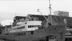 M/S Årdalsfjord (Ex. Duen II, Freden, Hindenburg) (b.1914, Union Giesserei A.G., Königsberg)