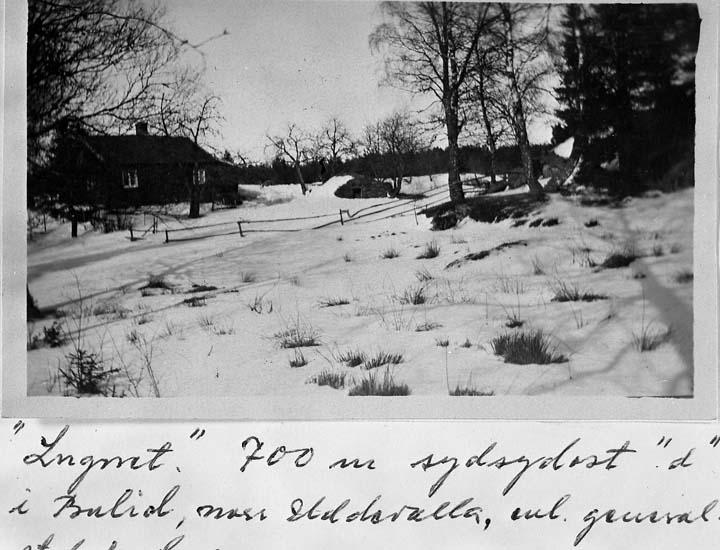 """Text på kortet: """"Lugnet"""" 700 m sydsydost """"d"""" i Bulid, norr Uddevalla, enl. generalstabskaran""""."""