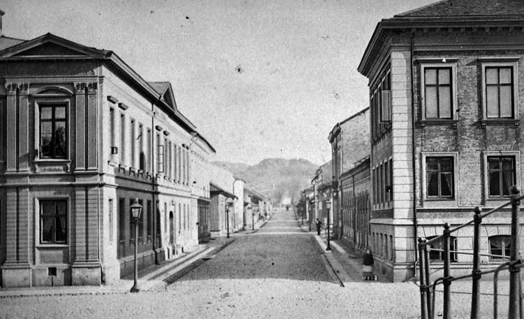 Norra Drottninggatan från stenbron, 1860-talet.