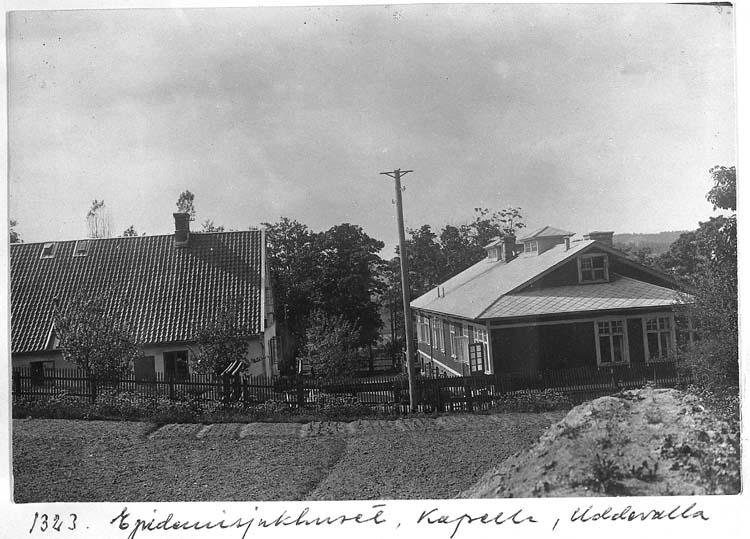 """Text på kortet: """"1343. Epidemisjukhuset, Kapelle, Uddevalla""""."""