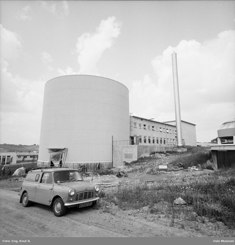 Institutt for atomenergi, bil