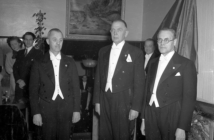 """Enligt notering: """"Hantverksför Jub 18/3 1949""""."""