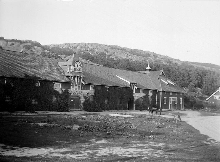 Ladugården Gullbringa säteri