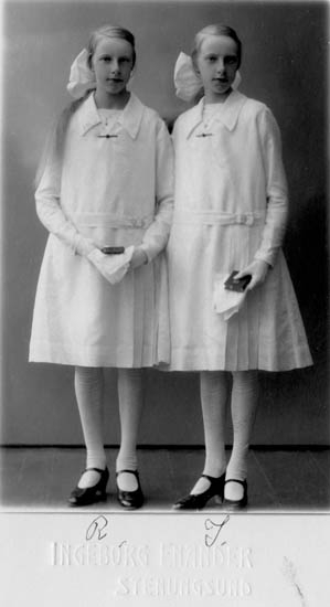 Rosa och Irma Bohlin, 1931