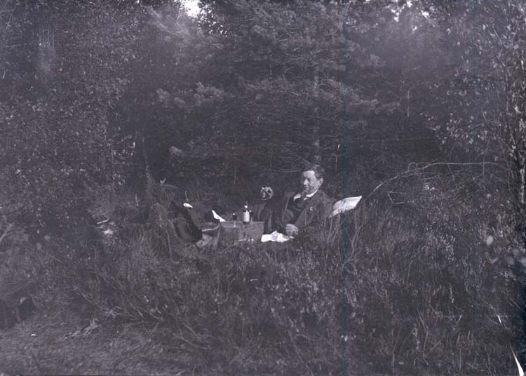 "Enligt text som medföljde bilden: ""Rabbalshede, H.H. taget av Hallberg 1918."""
