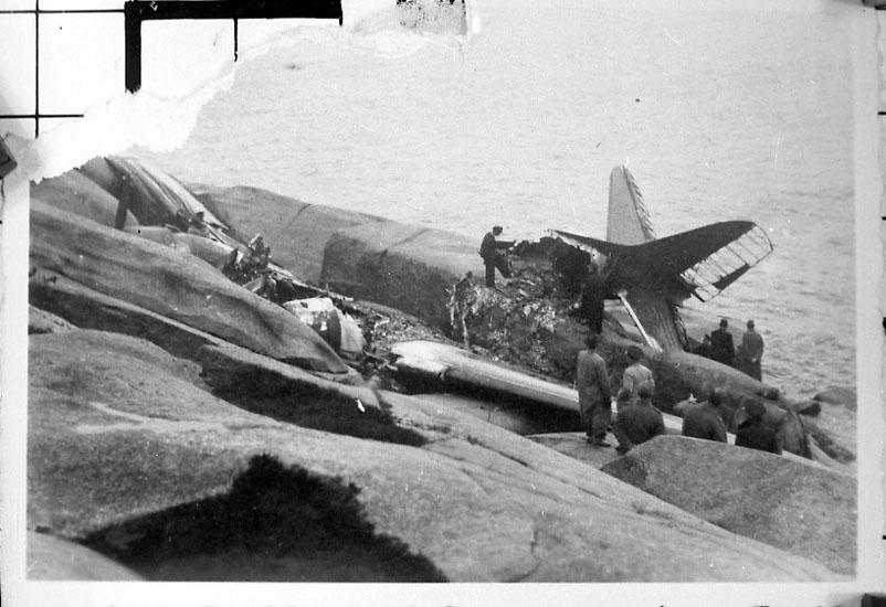 Störtade kurirplanet Gripen på Hållö 1943