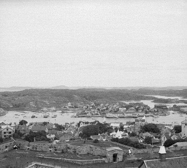 """(Stereo karta XVI) Utsikt från """"Fyrkanten"""" 1 Augusti 1926."""