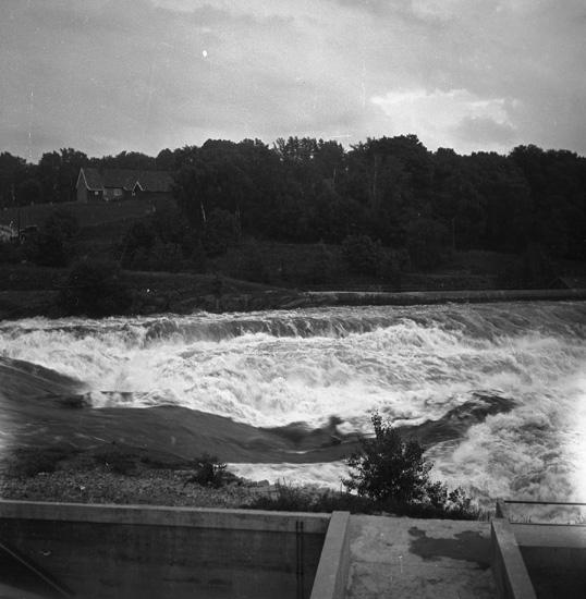 """Text till bilden: """"Sandvika, Norge NM i kanot 1939.06.29""""."""