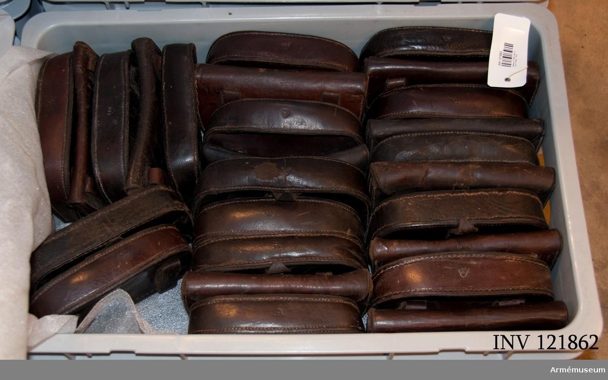 75 stycken patronväskor.