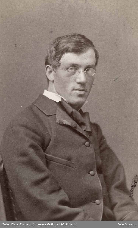 Peterssen, Eilif (1852 - 1928)