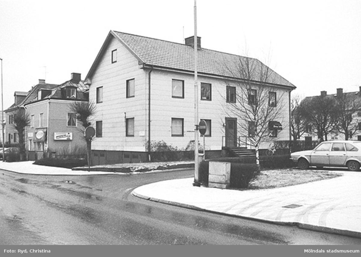 Ett hus vid Barnhemsgatan i Broslätt. Bilden är tagen under 1990-talet.