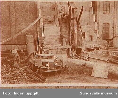 Nedrivning av flisficka i Svartviksfabriken.