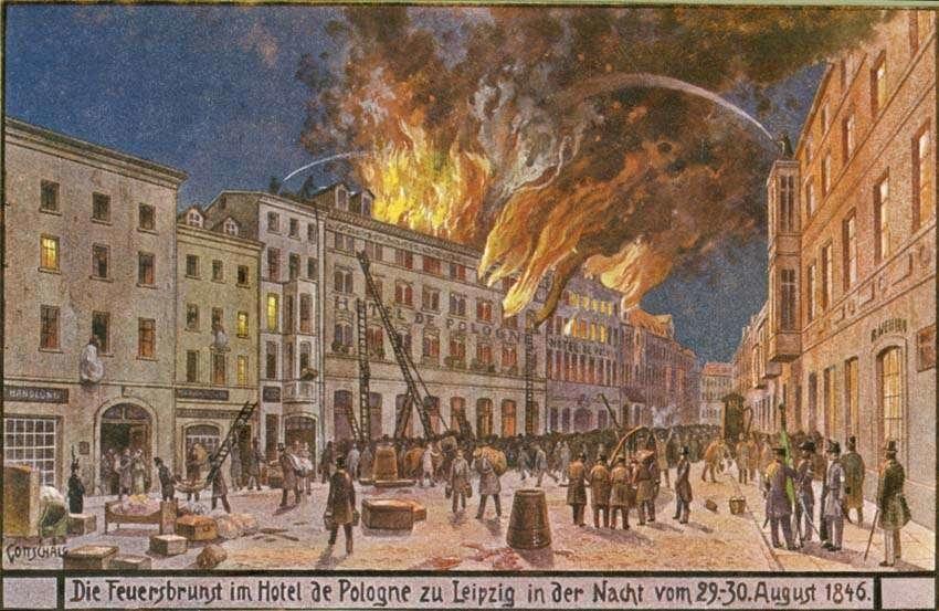 Hotell de pologne i Leipzig står i brand. 29-30 augusti 1846. Vykort.  Tecknat motiv. Privata bilder från brandchefen för Sundsvalls brandkår Gustaf Hellgren och hans familj.