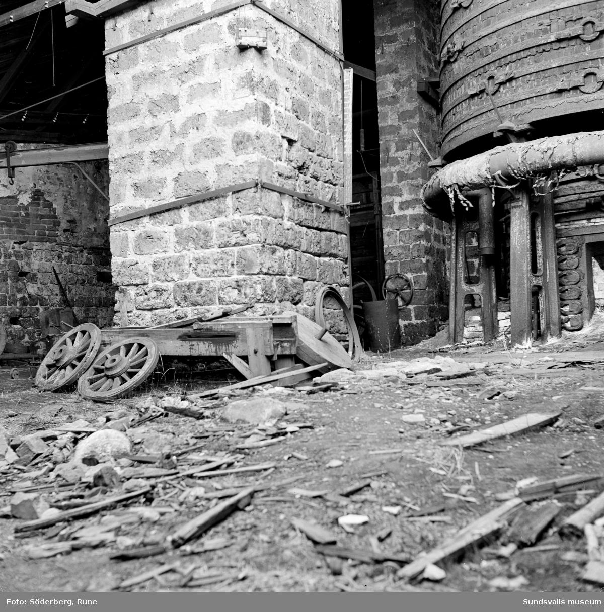 Rester från järnframställningen vid Galtströms bruk.