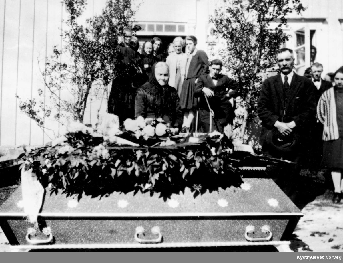 Lorntz Rasmussens gravferd
