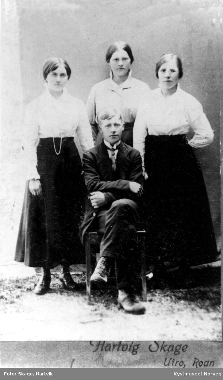 Lilly Lindstrøm Johansen, Emelie B. Sørå, Ragnhild Sørå Kristiansen og Harald Holmboe