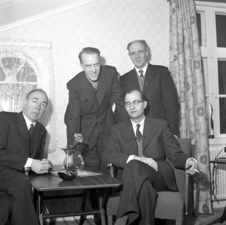"""Enligt notering: """"Gustavsbergsstiftelsen 8/1 1960""""."""