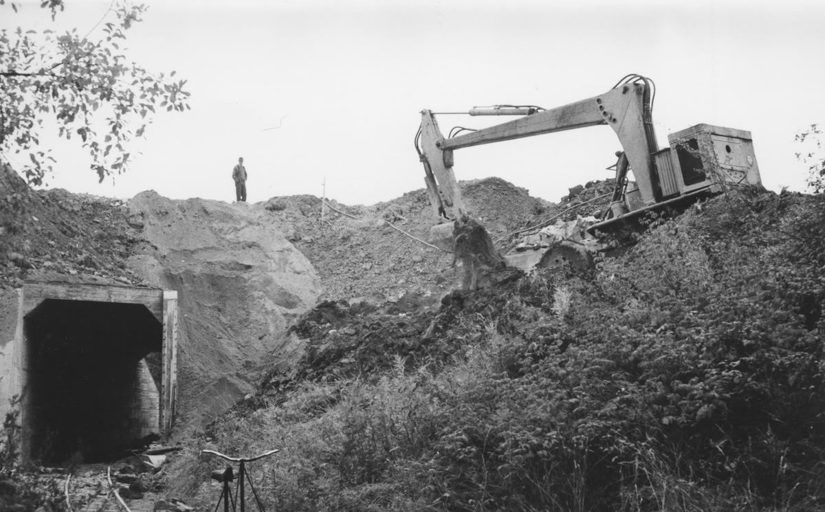 Oppfylling ved den nystøpte Tønsberg tunnel (kulvert).