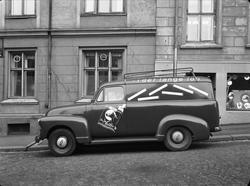 Bil fra Tiedemanns tobakksfabrikk.