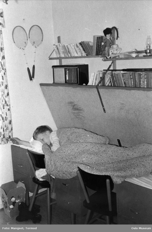 leilighet, interiør, soverom, barn, seng, - Oslo Museum ...