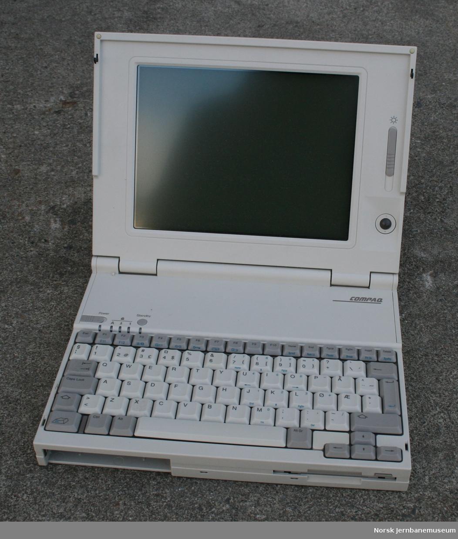 Bærbar datamaskin Fabrikat:  Compaq, Japan Series: 2810D FCC ID: CNT75MAFAD