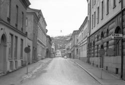 """Text till bilden:""""Kålgårdsbergsgatan"""". Album1 bild 97."""