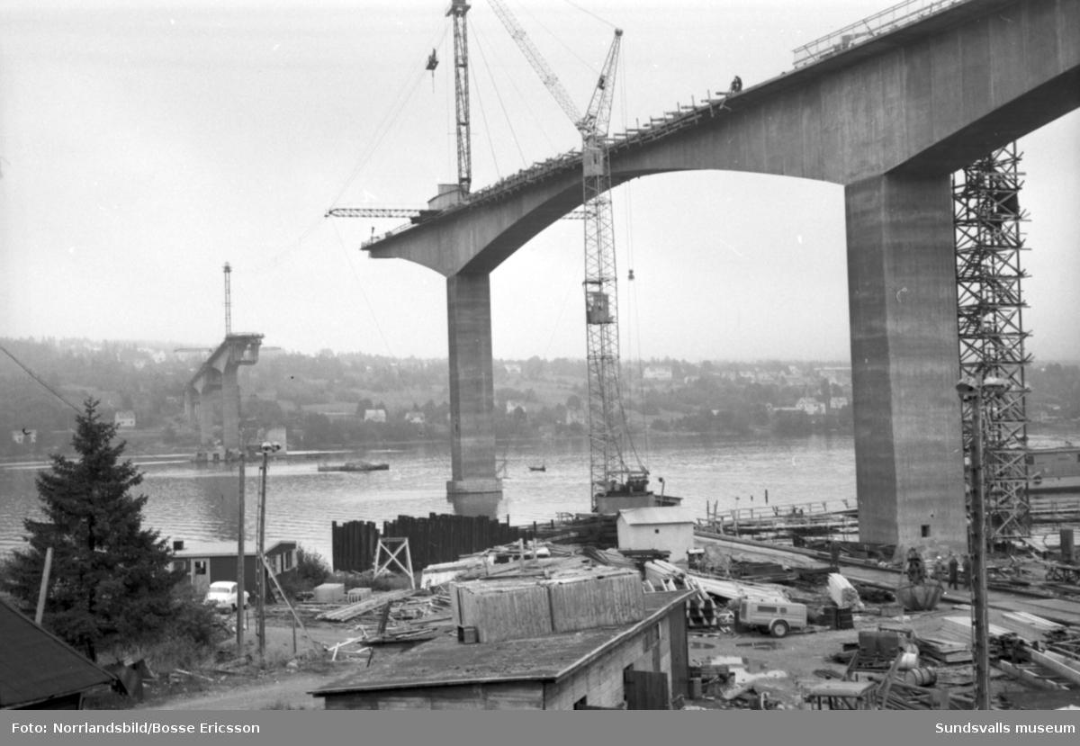 Vägnämnden på besök vid bygget av Alnöbron.