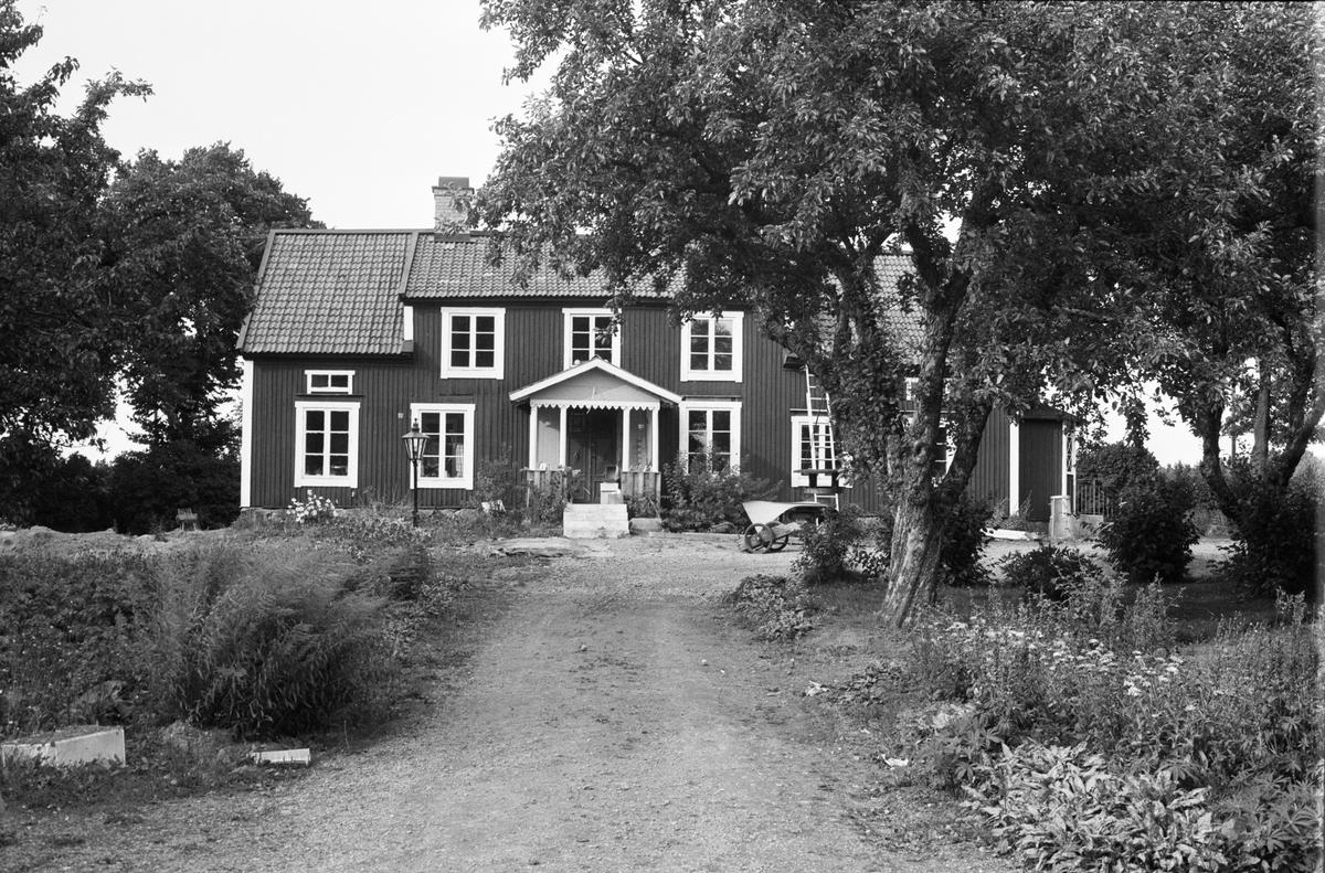 Bostadshus, Västerberga 3:7, Rasbo socken, Uppland 1982