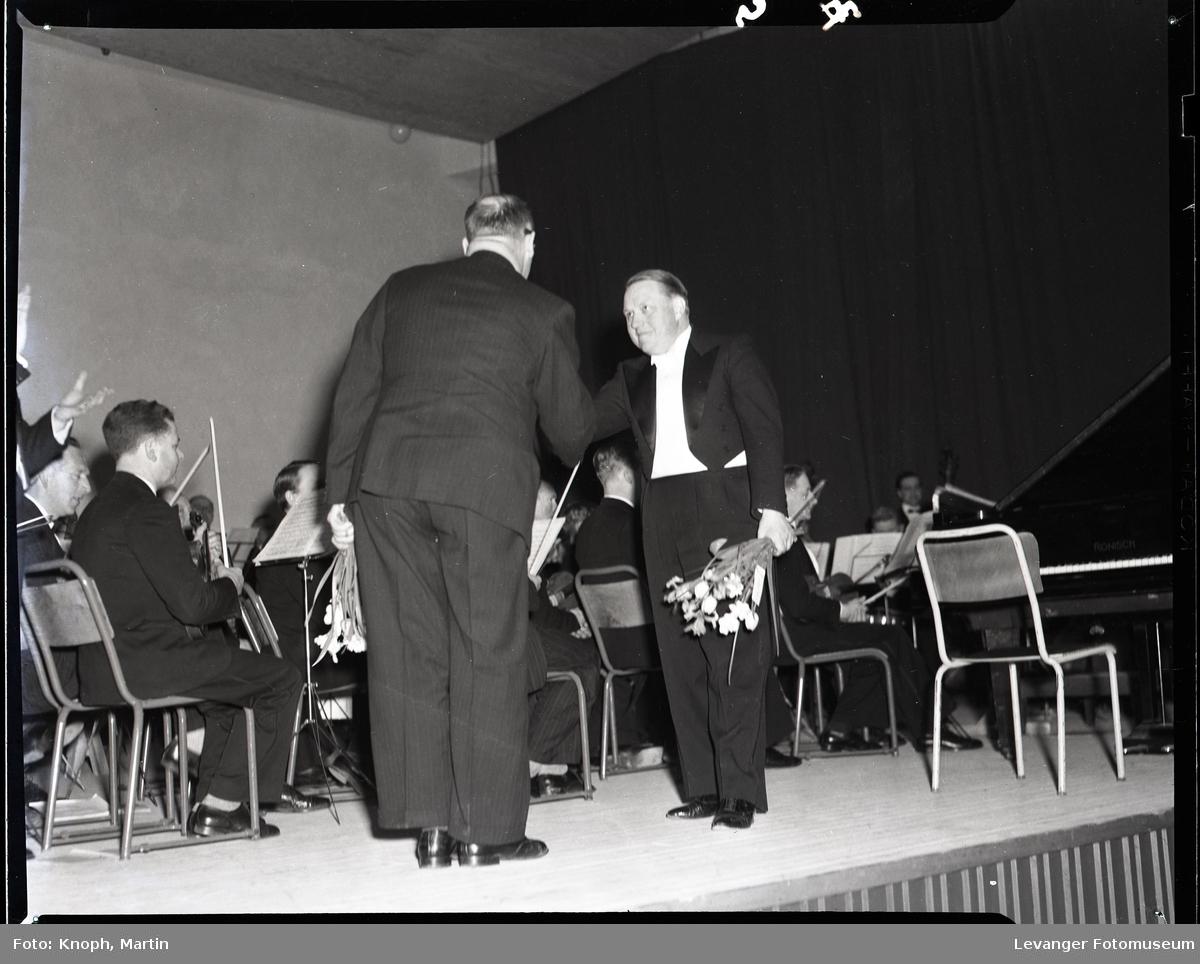 Symfoniorkesterets konsert på Steinkjer i 1952  I