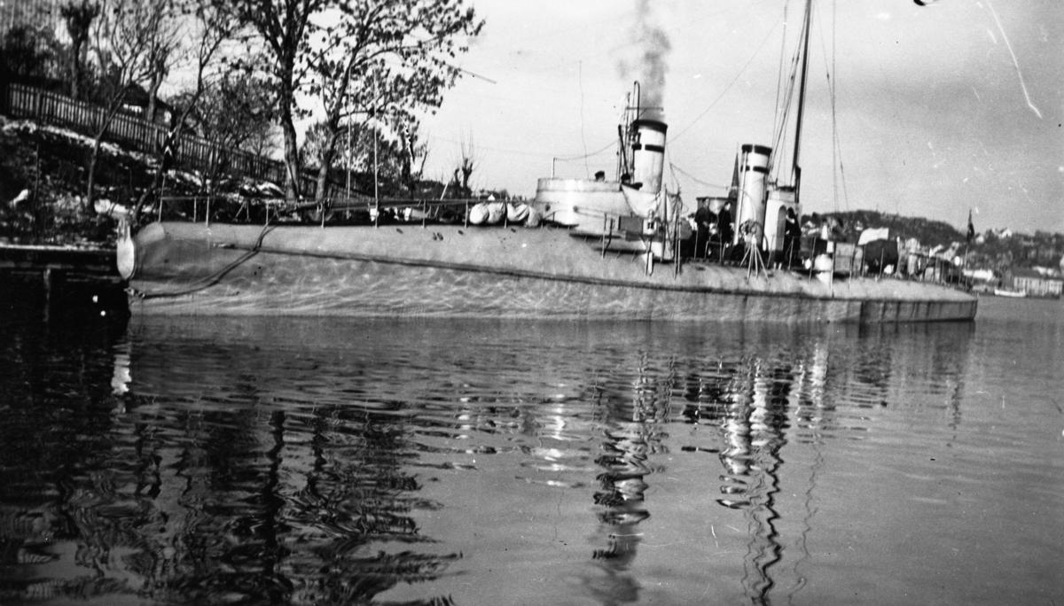 Motiv: Torpedobåt 2.klasse JO-Babord baug